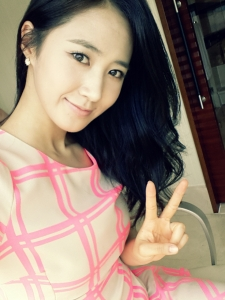 Girls' Generation's Yuri and and her lovely SelCa Pictures