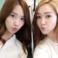 Girls' Generation's Jessica snapped some adorable photos with YoonA!