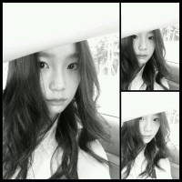 Girls' Generation's TaeYeon greets fans with her beautiful set of SelCa pictures