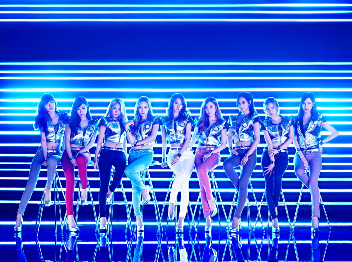 Check out the teaser pictures for SNSD's Japanese Single 'Galaxy Supernova'