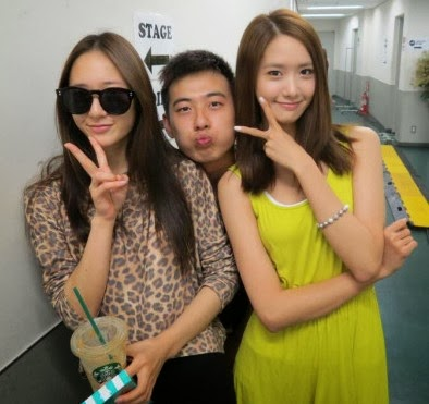 SNSD's YoonA and f(x)'s Krystal posed for a gorgeous pair ... F(x) Krystal And Yoona