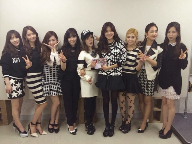 snsd at live monster
