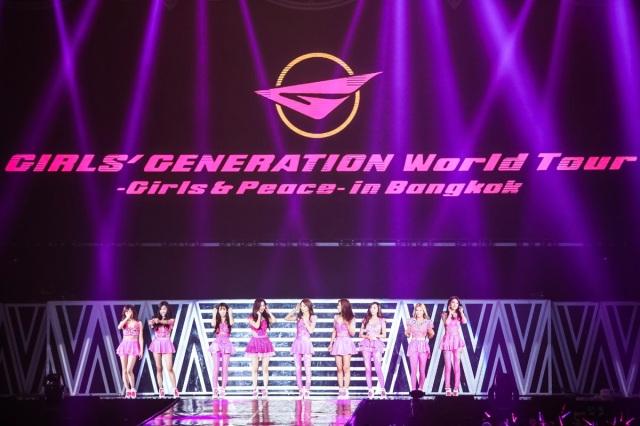 snsd 2014 bangkok concert (6)