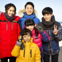 SNSD's YoonA and more of her pictures from her drama 'Prime Minister and I'
