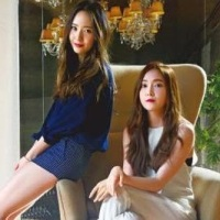 SNSD's Jessica and f(x)'s Krystal for 'Apple Daily'