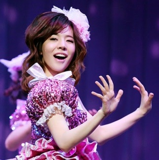 Sunny Singin in the Rain Press Call