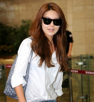 snsd sooyoung airport picture