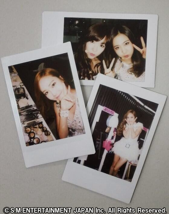 snsd polaroid picture